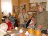 Adventní_Kavárnička_12._12_._2012_se_zpíváním_kole