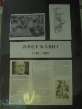 čtení o jubilantovi Josefu Kábrtovi.jpg
