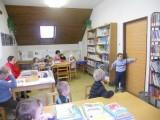 MŠ_na_první_návštěvě_knihovny_2._3_._2012_