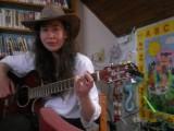 kytaristka_a_zpěvačka_Hanka_Hrdinová