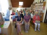 slavnostní setkání v knihovně.JPG